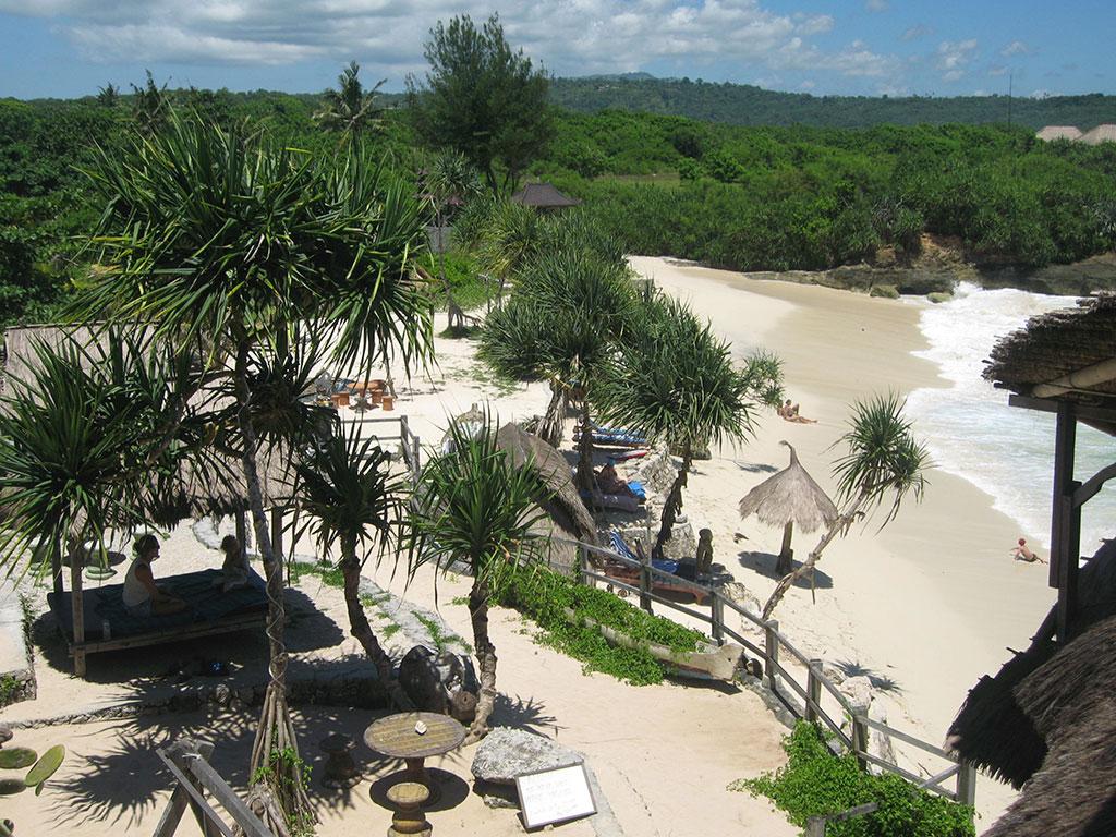 Sewa Villa di Nusa Lembongan