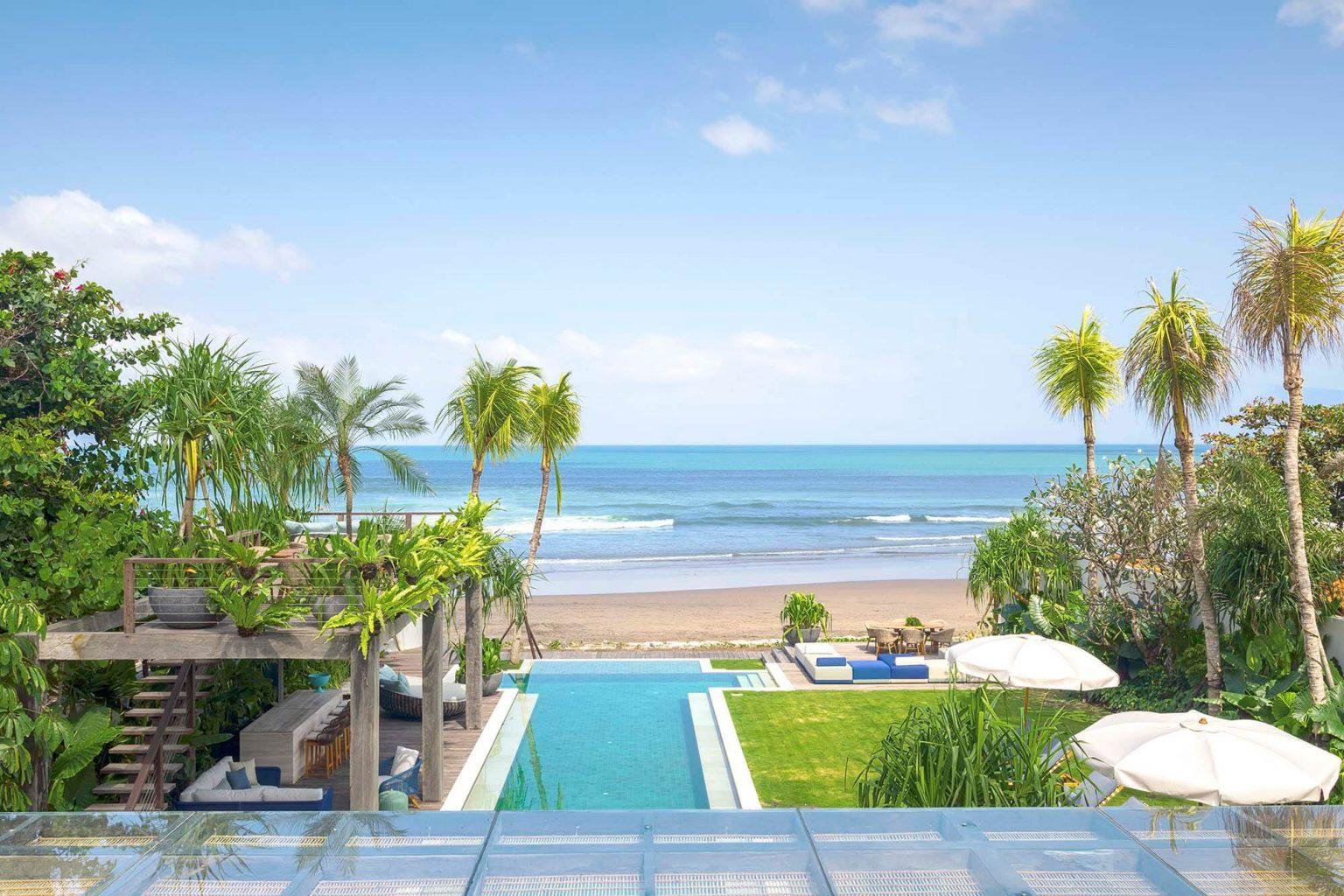 Beachfront Pinggir Pantai